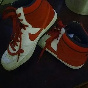 Young Mens / Size 7.5 Nike Leather Hi Tops